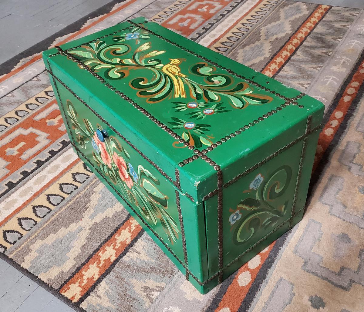 La Fonda Blanket Box