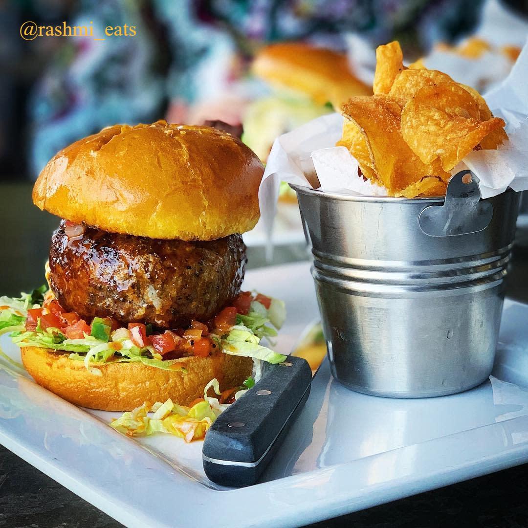 Cold Beers & Cheeseburgers - @rashmi_eats