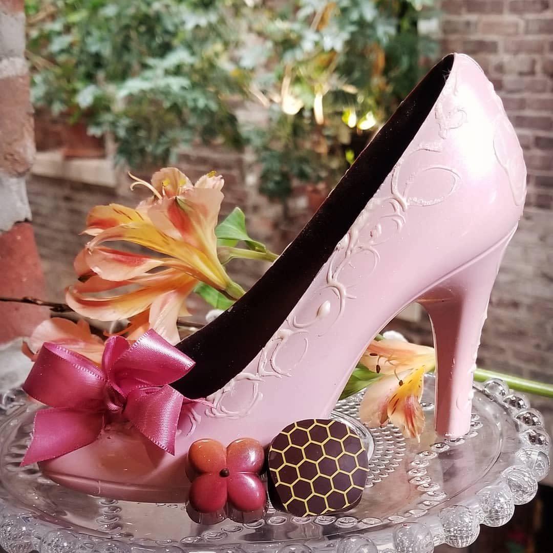 Chocolat Abeille chocolate shoe