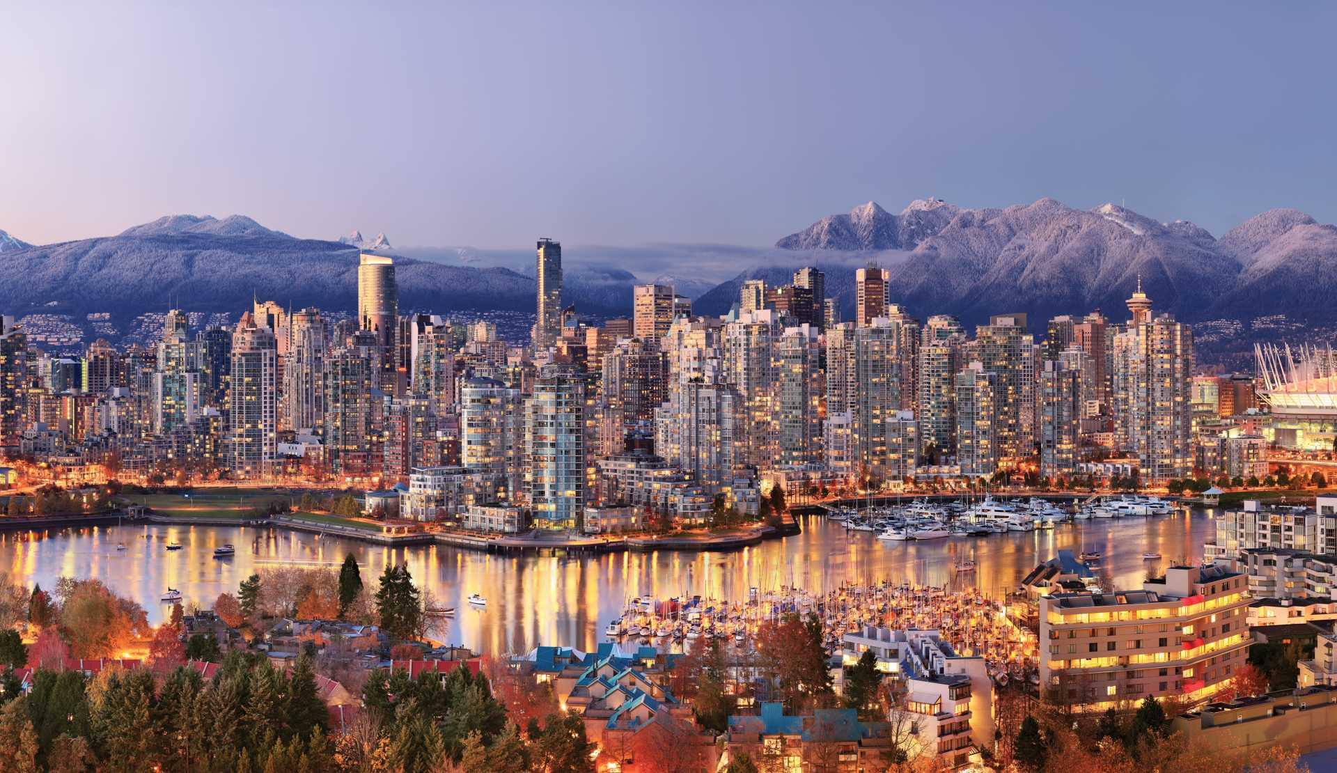 Full Size: Amazing Vancouver Panorama