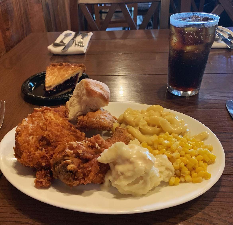 Mrs. Knott's Chicken Dinner