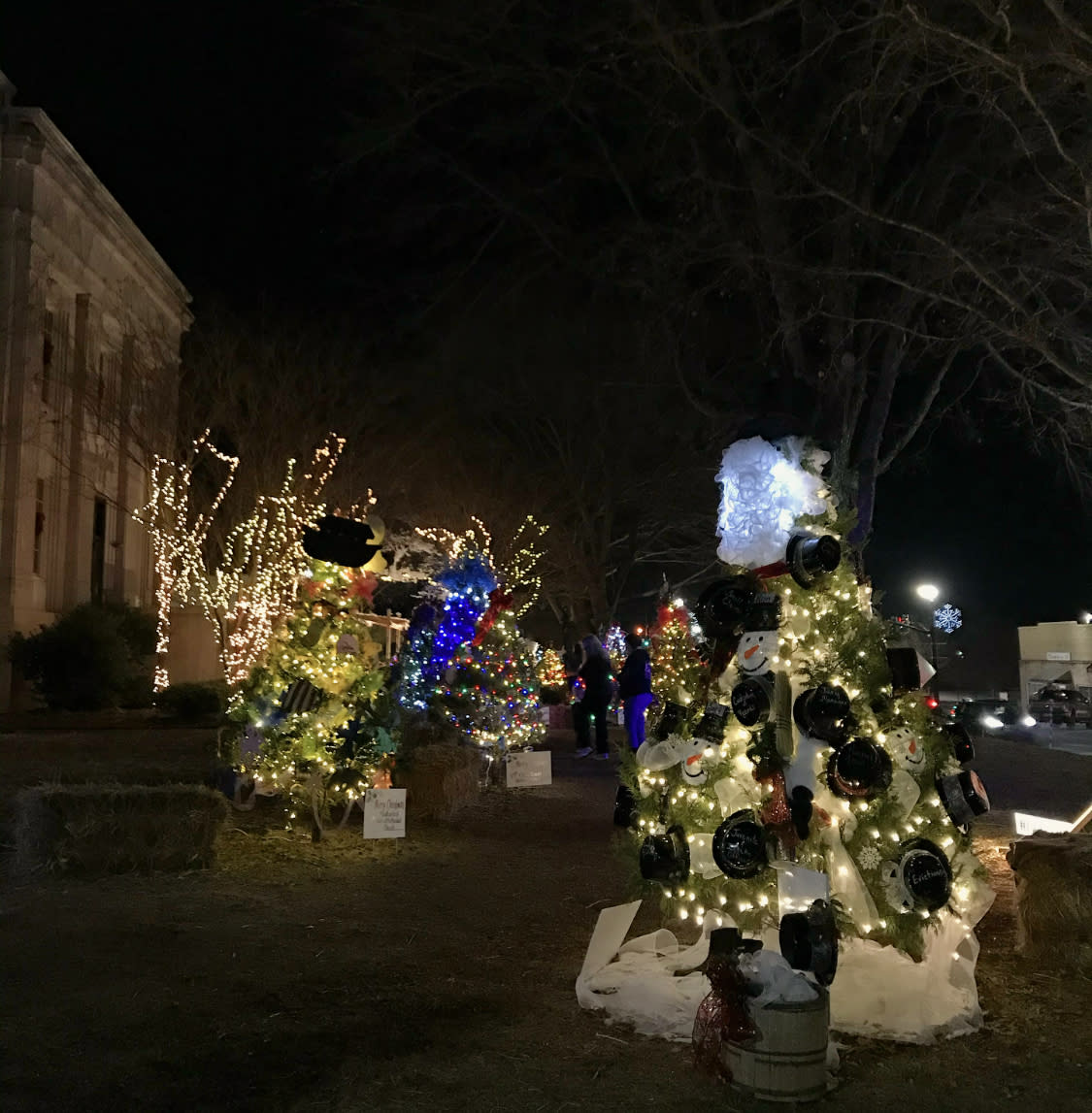 christmas on the square moulton