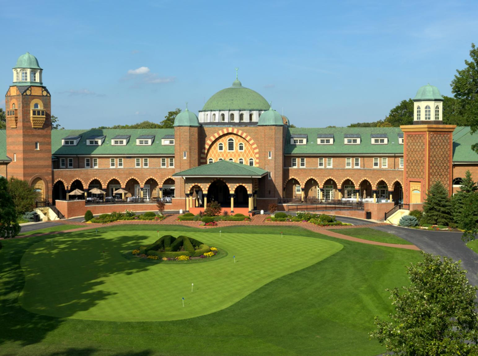 Medinah Country Club & Golf Course in Dupage County