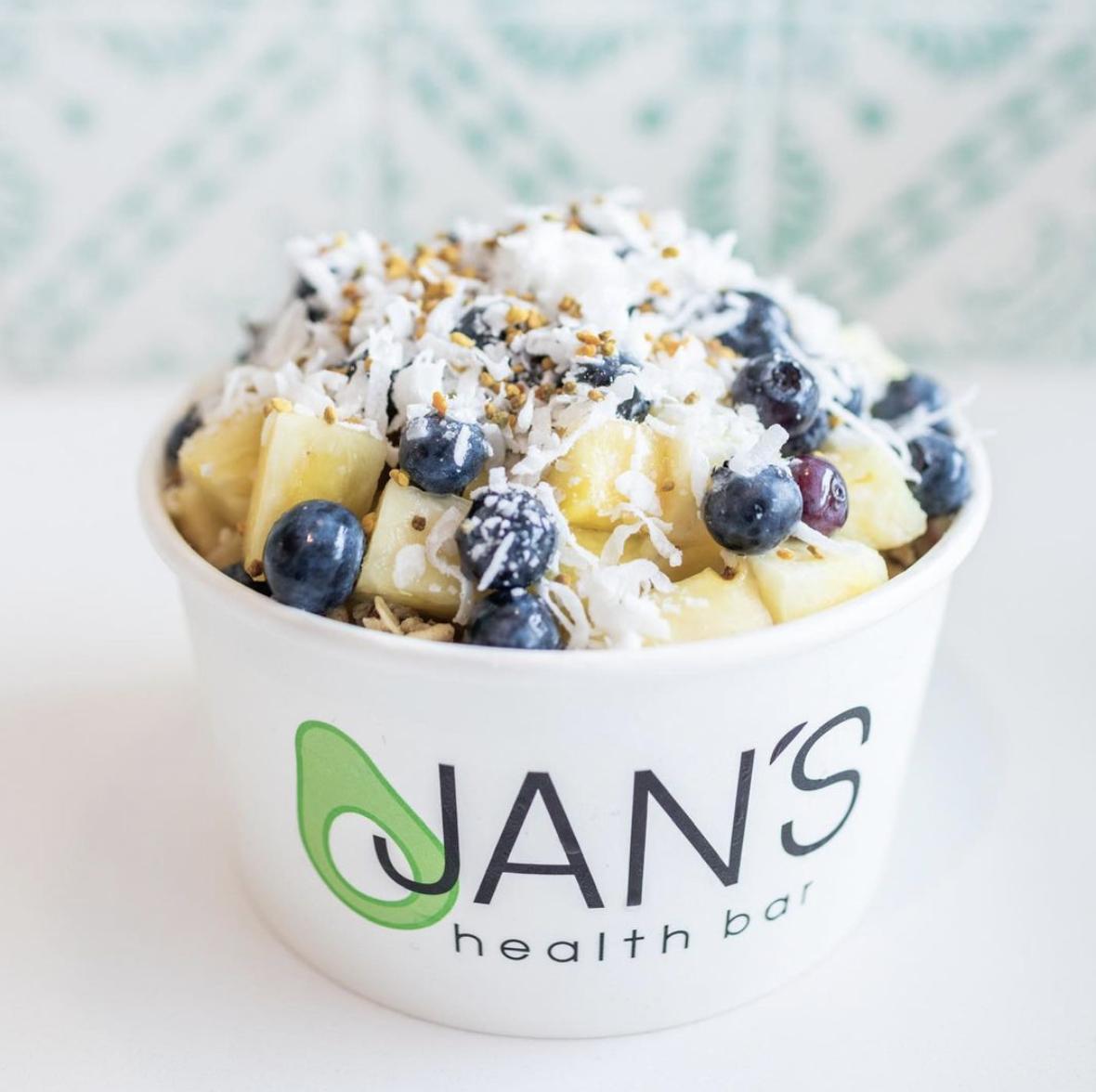 Jan's Health Bar Acai Bowl