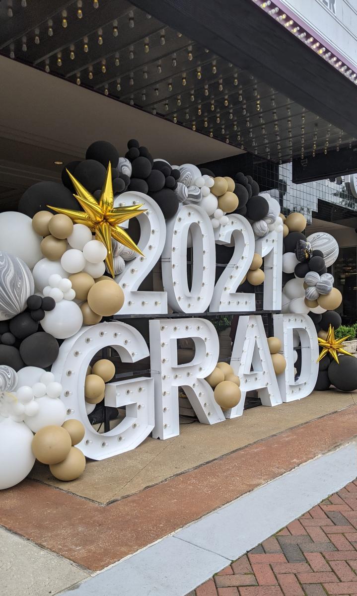Graduation Balloons at Market Street