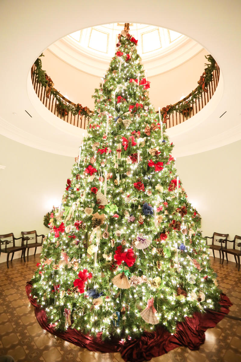Christmas tree Georgia's Old Governor's Mansion