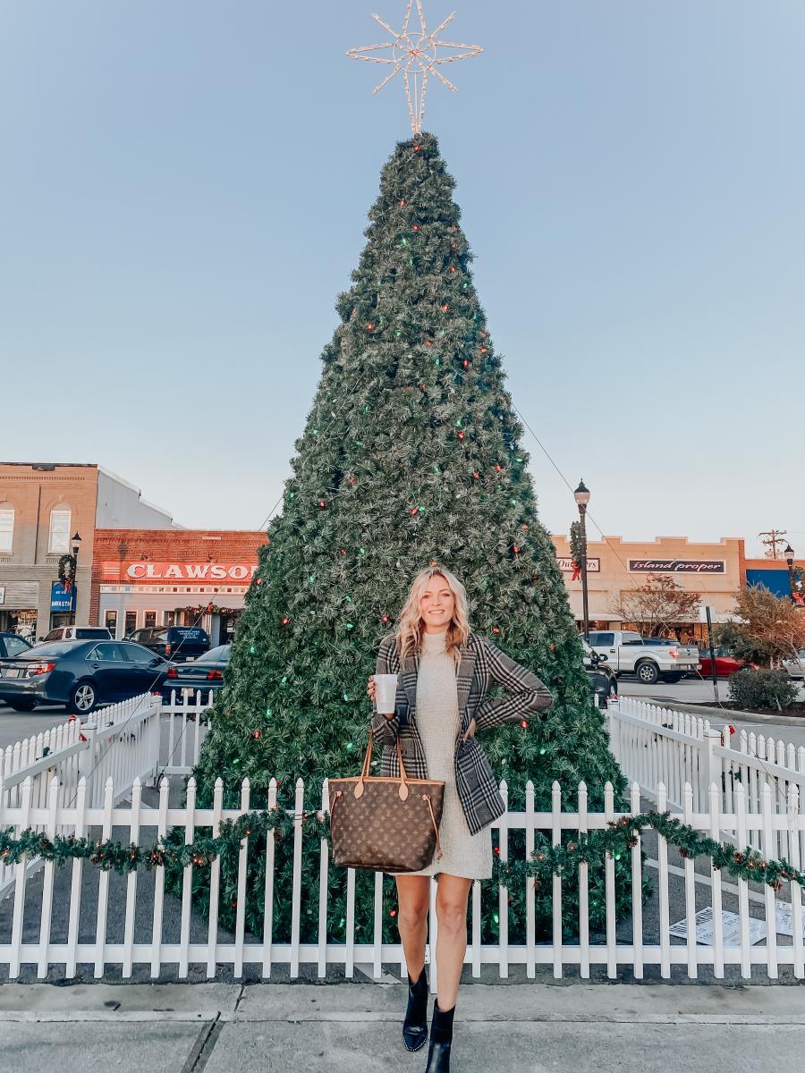 The Coastal Blonde Christmas Tree