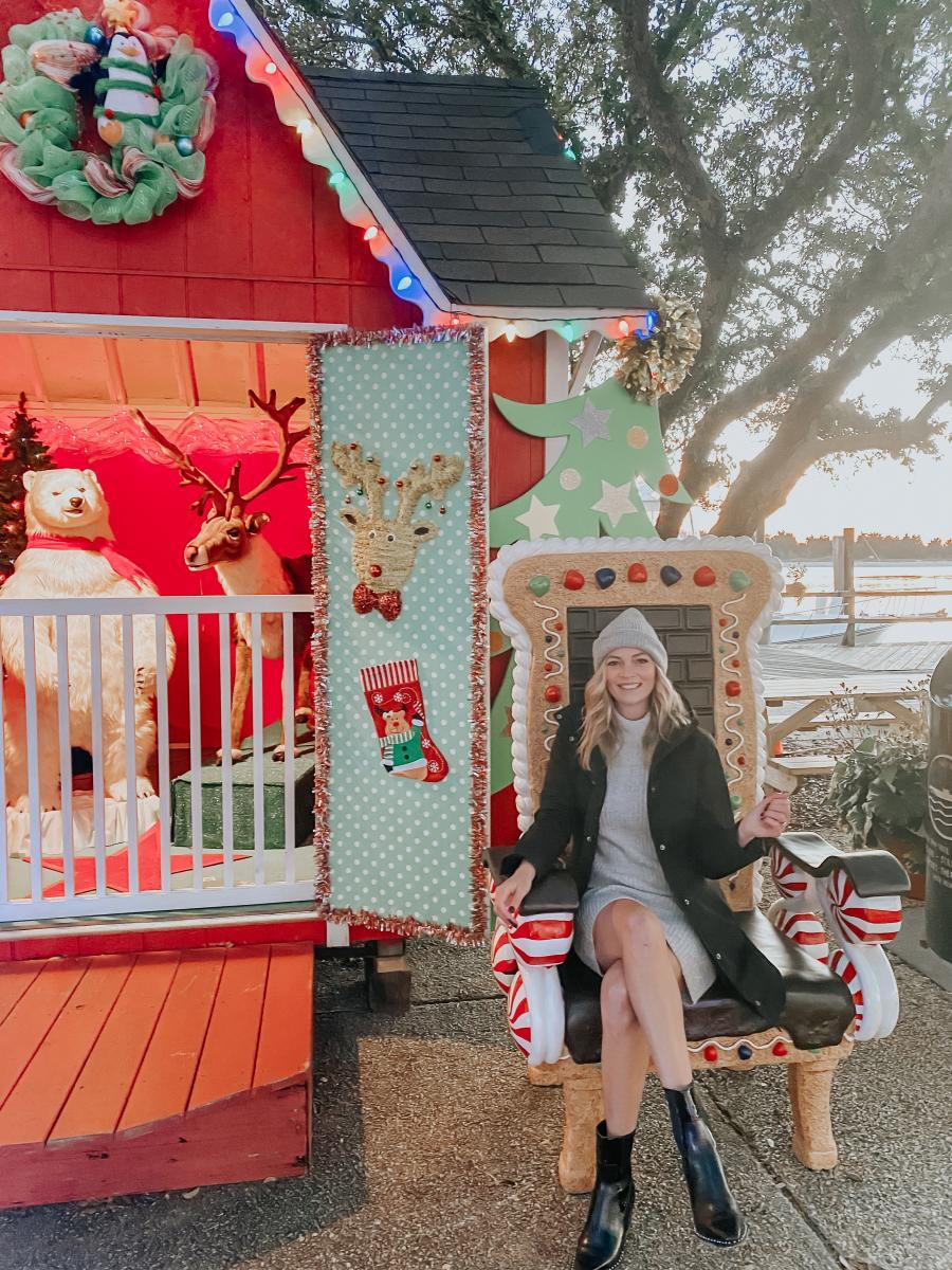 The Coastal Blonde Beaufort Santa's Chair