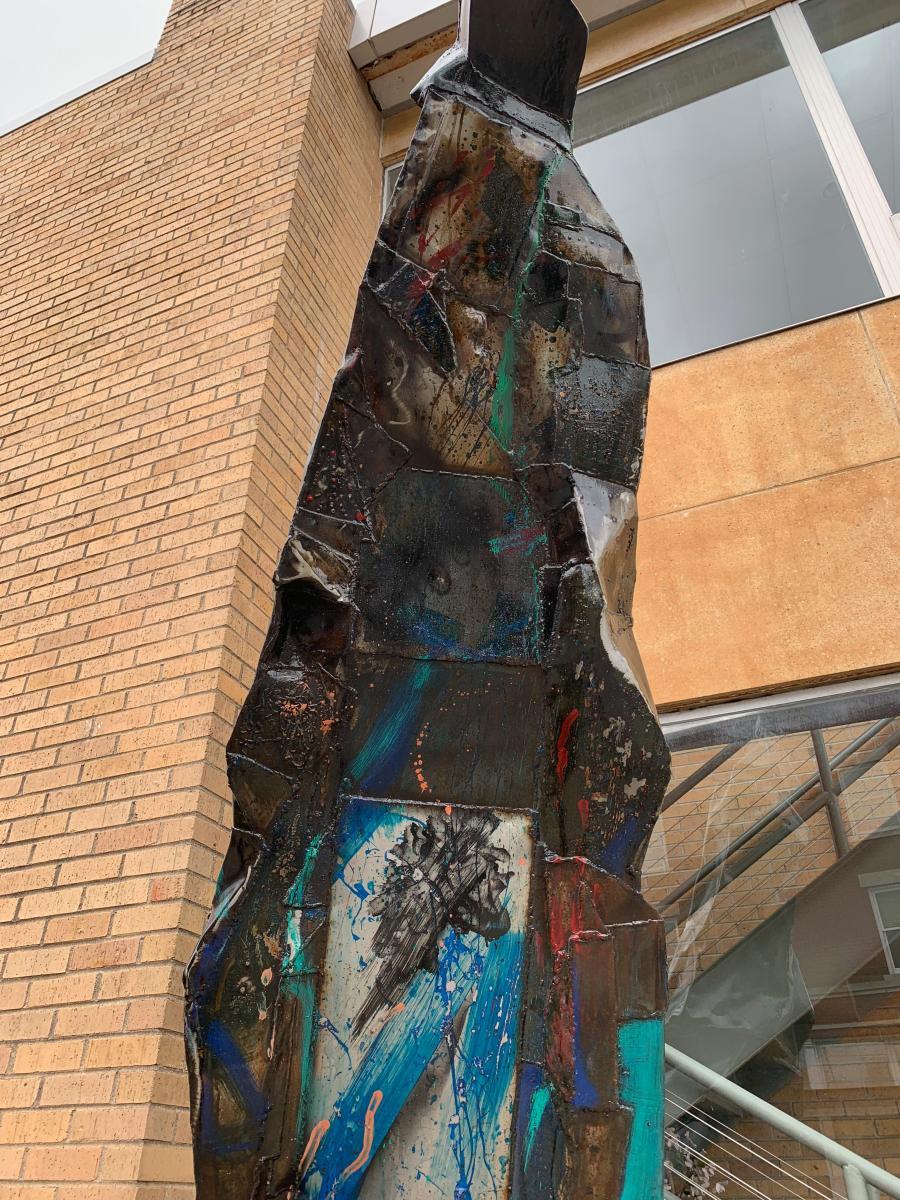 Obelisck sculpture