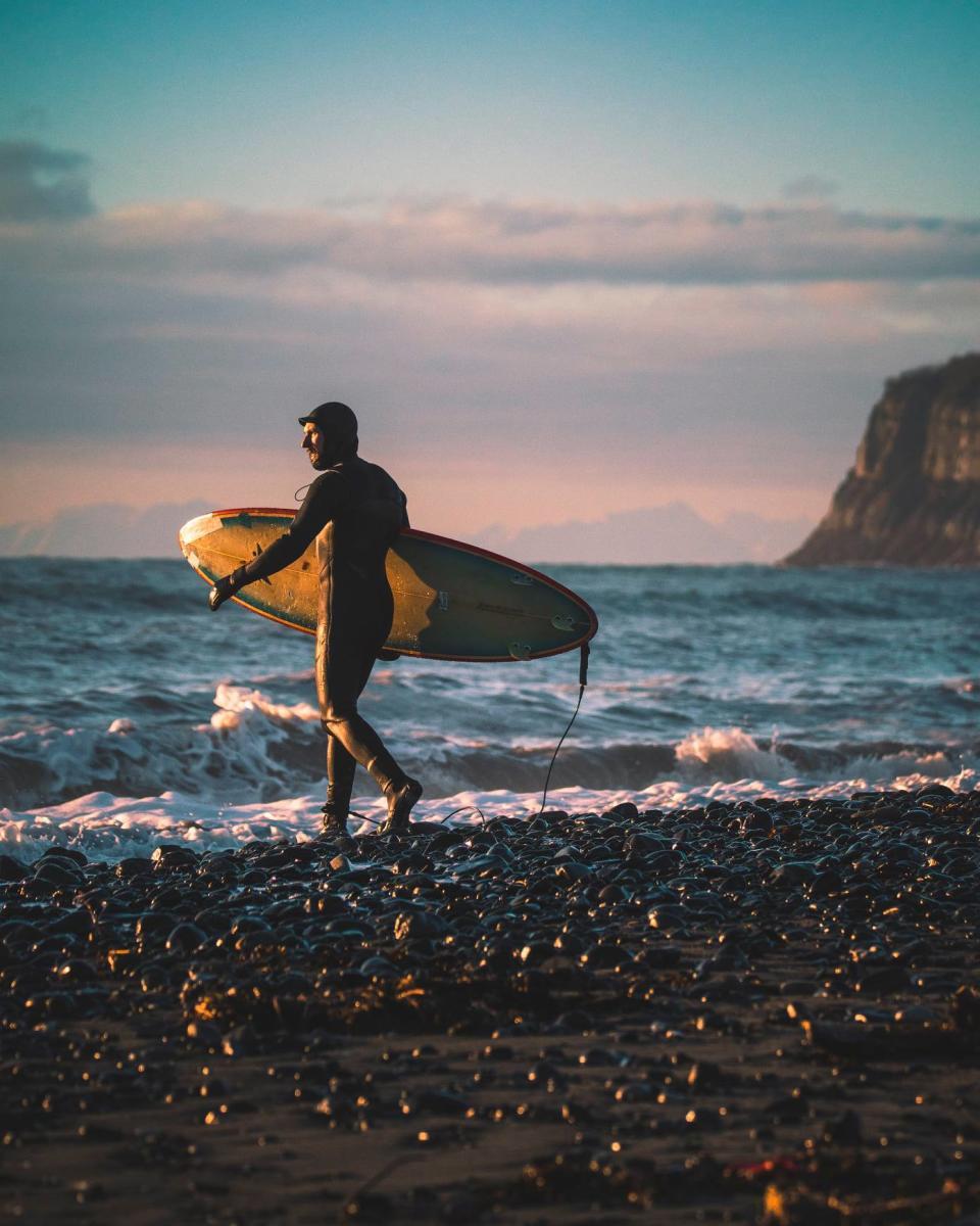 Surfing by Sergius Hannan