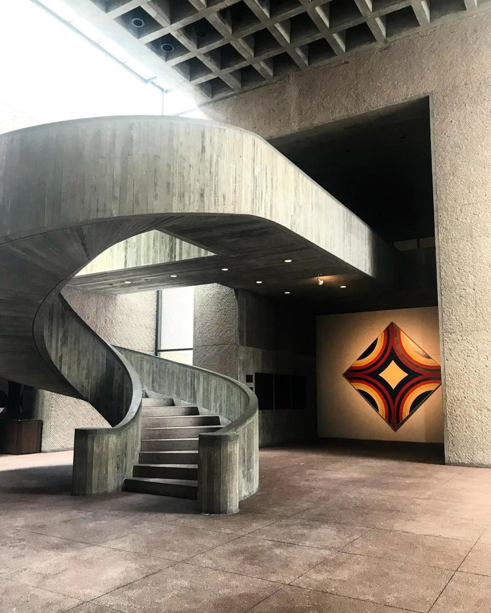 staircase inside everson