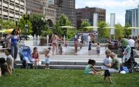 Summer splashin' at the Rings Fountain on the Greenway
