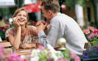 Dining- Outdoor couple