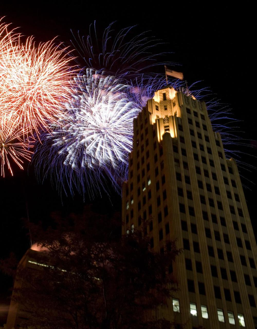 Lincoln Tower Fireworks fourth of july