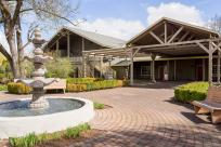 Village Green Resort Courtyard