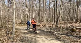 Burke Lake Park bike trail, by Julie McCool