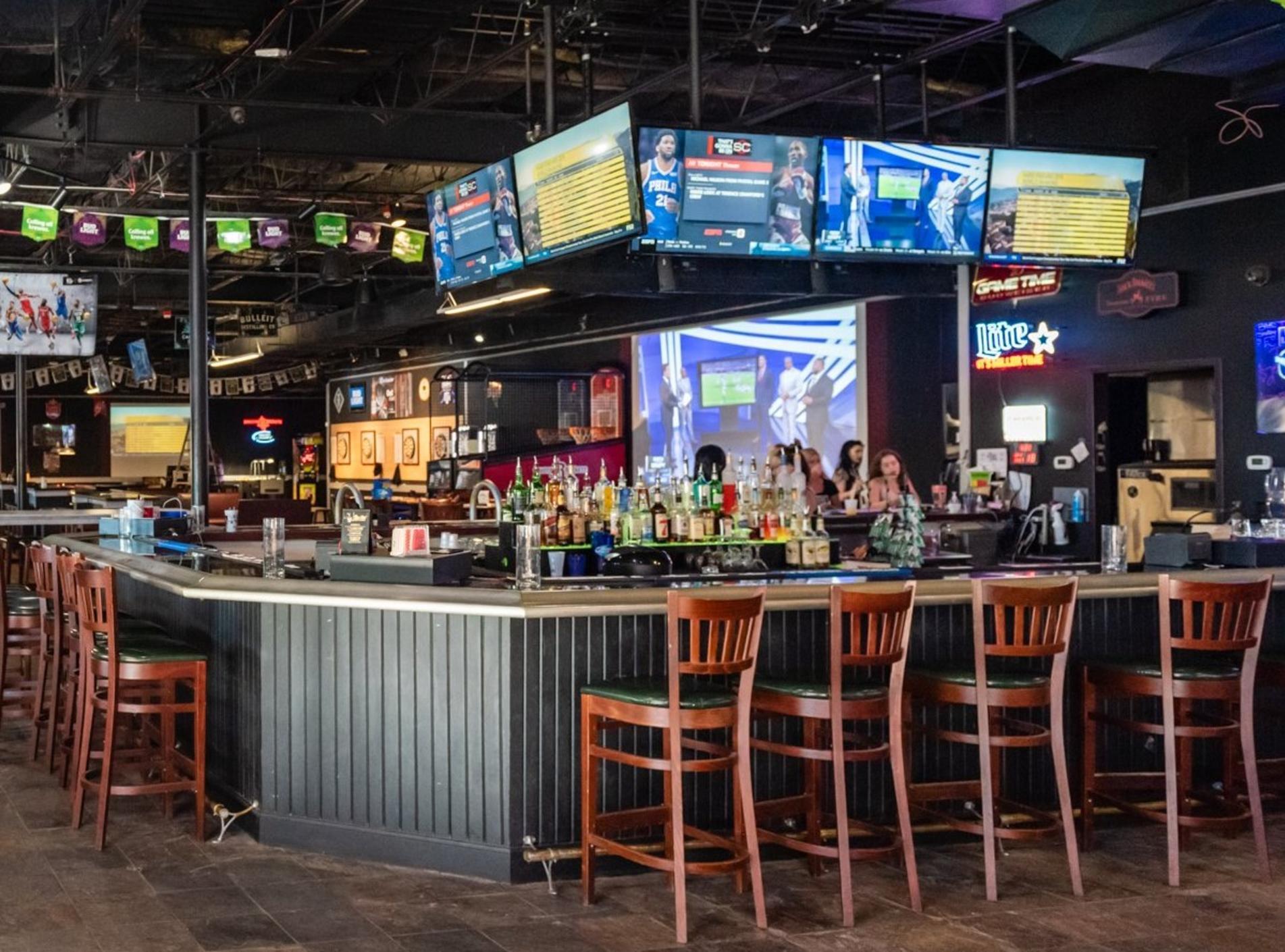 Four Downs Sports Bar