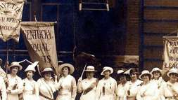 Kentucky Women Marching in St. Louis