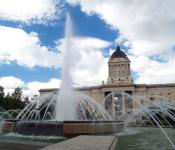 Fountain show at the Manitoba Legislative Building's Manitoba Plaza