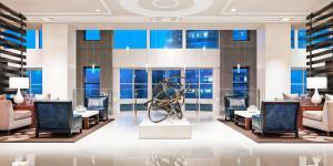 A shot of the lobby of the Westin Atlanta Perimeter North