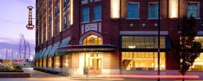 Drury Plaza Hotel