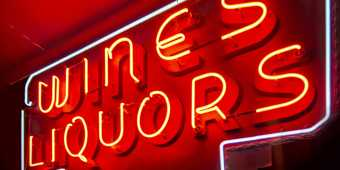 Drinks-neon-sign