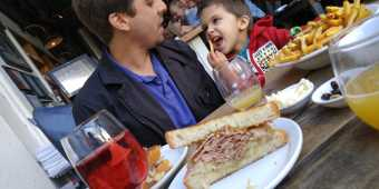 father-and-son-eating-in-toronto