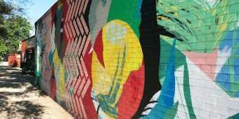 junction-mural-toronto-3-e1600992198232