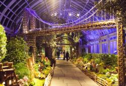 NYBG Holiday Train Show photo Christopher Postlewaite NYC & Company