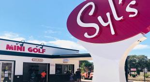 Syl's in Carman now features an 18-hole mini golf course