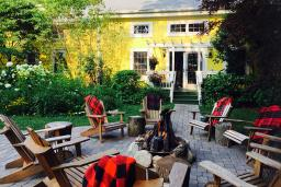 Treehouse Tavern