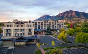 Exterior of the Boulder Marriott Hotel & Spa