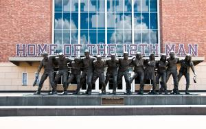 War Hymn Statue TAMU Kyle Field 12th Man