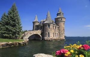 Boldt Castle_Spring