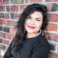 Alicia Inez Guzmán