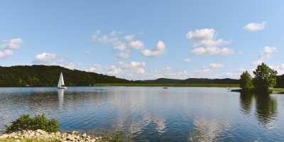 Deam Lake Sailboat