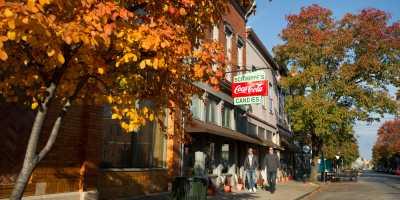 Downtown Shopping - fall