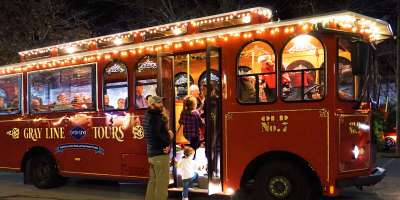 Holly Jolly Christmas Trolley