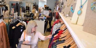 sapphire-on-spring-inside-shopping