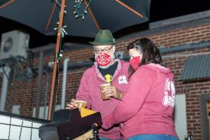 Beer Girl_Alexia & Erik