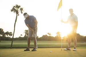 Family enjoying golf in Daytona Beach