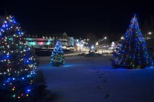 Lake Placid Holiday Village Stroll