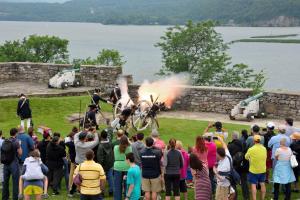 Fort Ticonderoga cannon demo