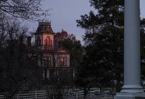 Hamilton House in the dusk, Dave Valvo