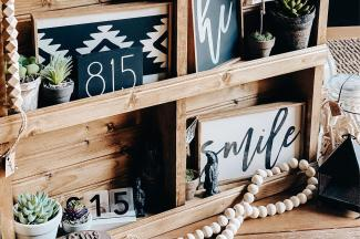 The Midwest Rustic wooden signs