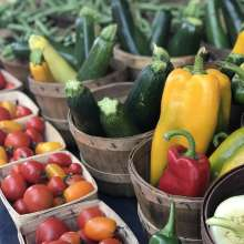 Farmers Market at Capitol Veggies