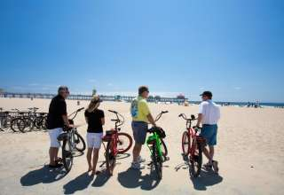 Social Distancing Group Activities in Huntington Beach