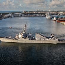USS Paul Ignatius in turning notch 2