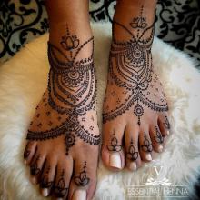 The Evolution of Mehndi: From India to Topeka, KS
