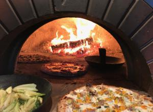 walker homestead pizza